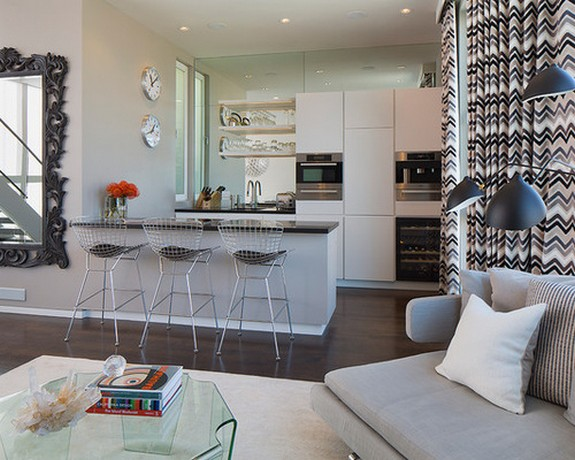 расцветка занавесок в кухне с гостиной
