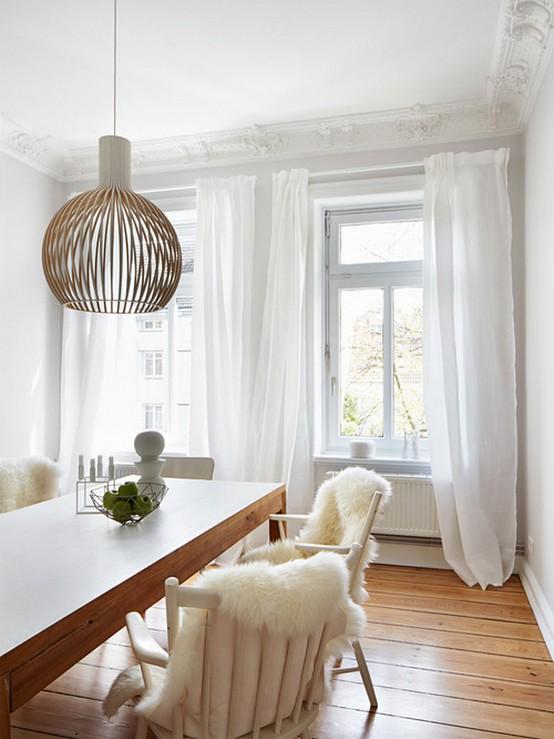белые скандинавские шторы