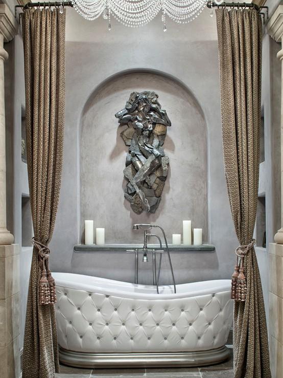 тканевые шторы с кистями в ванной