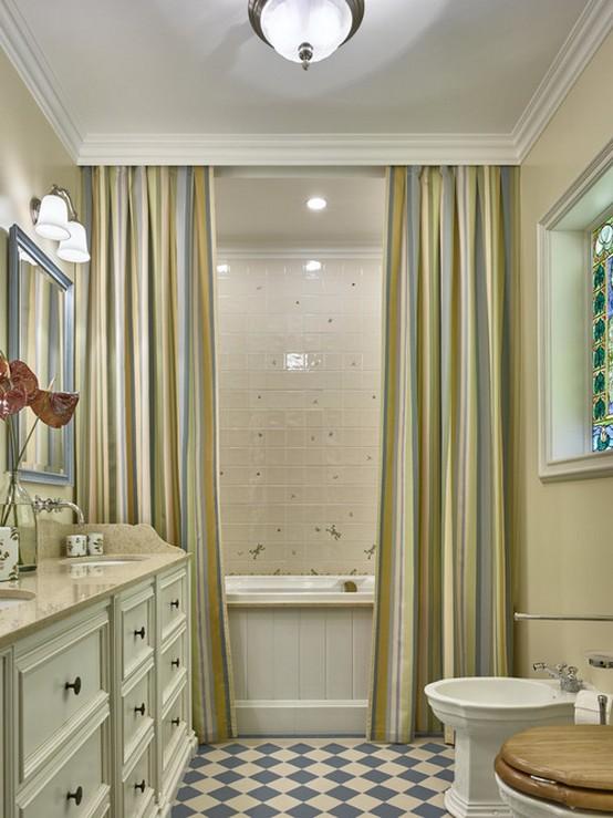 портьеры в ванной