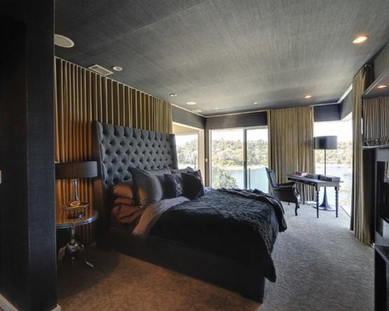 кремовые шторы под черные обои в спальне