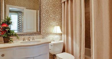 шторы из ткани в ванную комнату