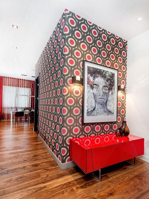 красный тюль в гостиной в современном стиле