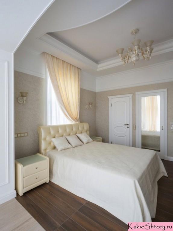 шторы молочного цвета в спальне