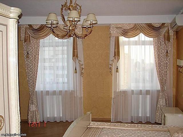 портьеры с ламбрекенами и тюль на 2 окна