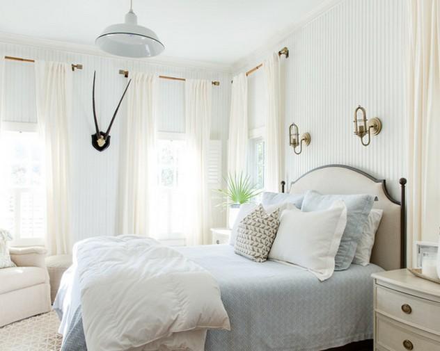 белые римские шторы к белым стенам