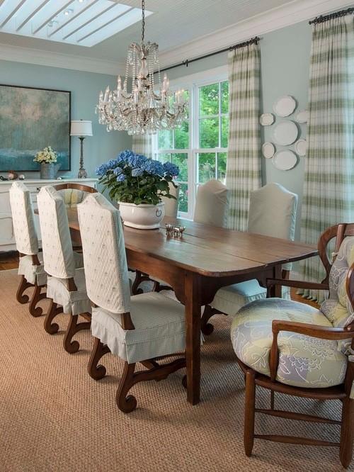 шторы к голубым обоям в столовой