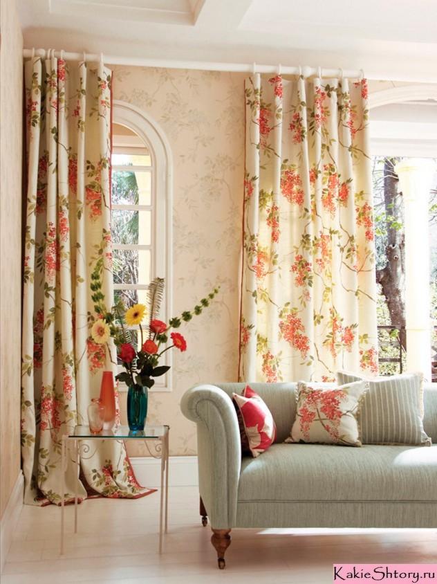 занавески в цветочек в стиле прованс