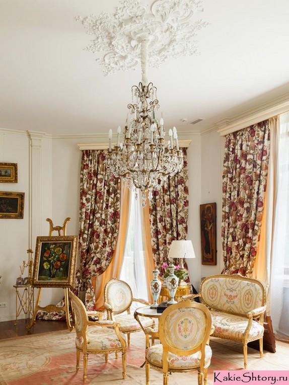 шторы в цветочек в викторианском стиле