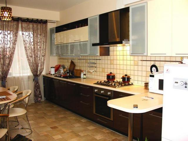 занавески венге на кухне