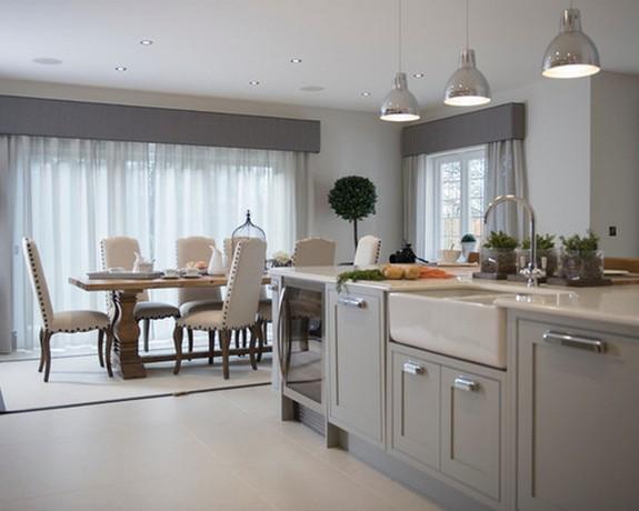 серый тюль в кухне-гостиной