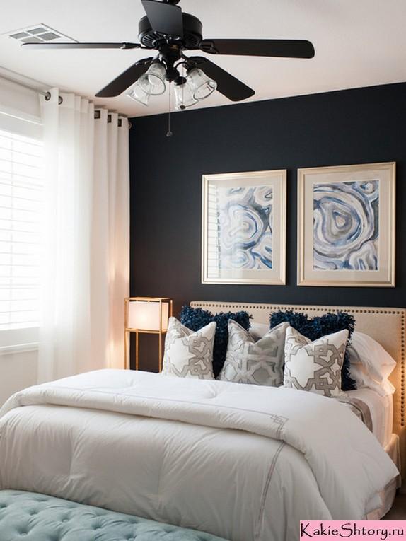 белые занавески к синим стенам