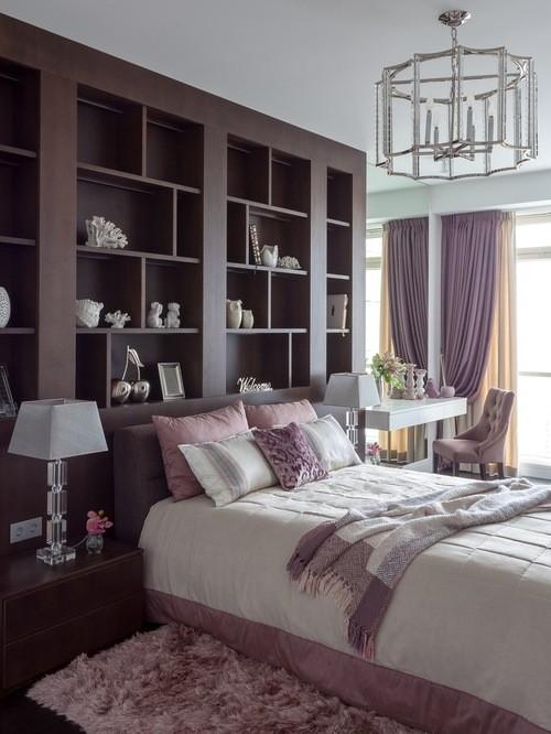 кремово-сиреневые портьеры в спальне