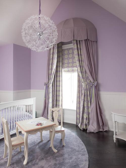 сиреневые шторы в детской