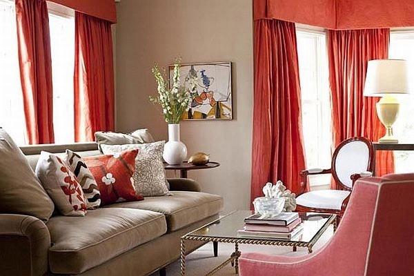 портьеры терракотовго цвета в гостиной