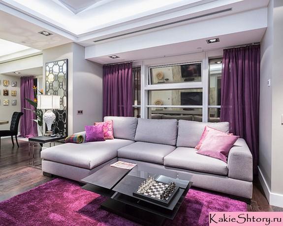 фиолетовый тюль в небольшой гостиной