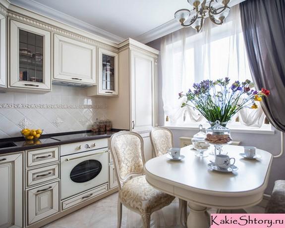 сочетание штор и тюля в кухне