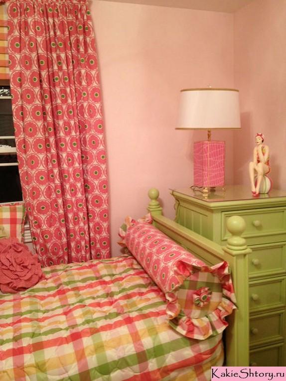 шторы к персиковым стенам в детской