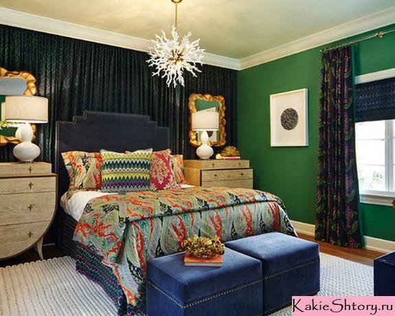 черные шторы к зеленым обоям