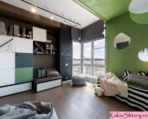 серые шторы к зеленым стенам