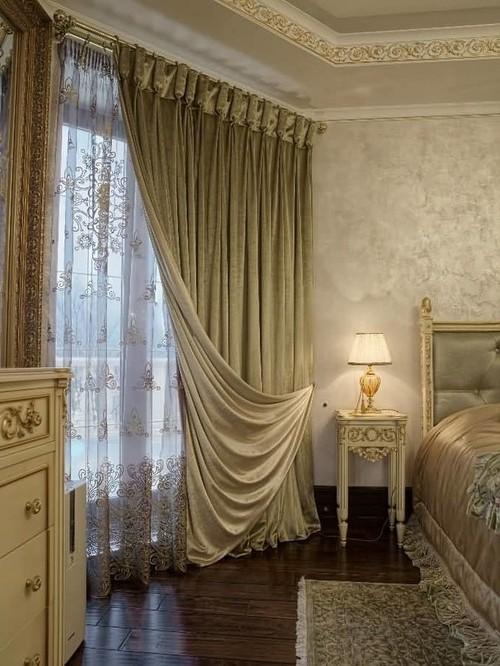 шторы с отворотами в спальне
