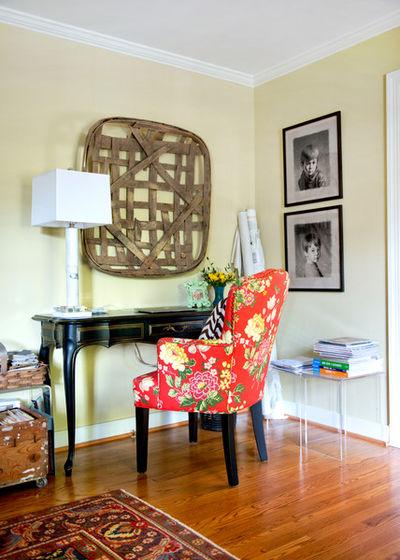 расцветка обивки кресла