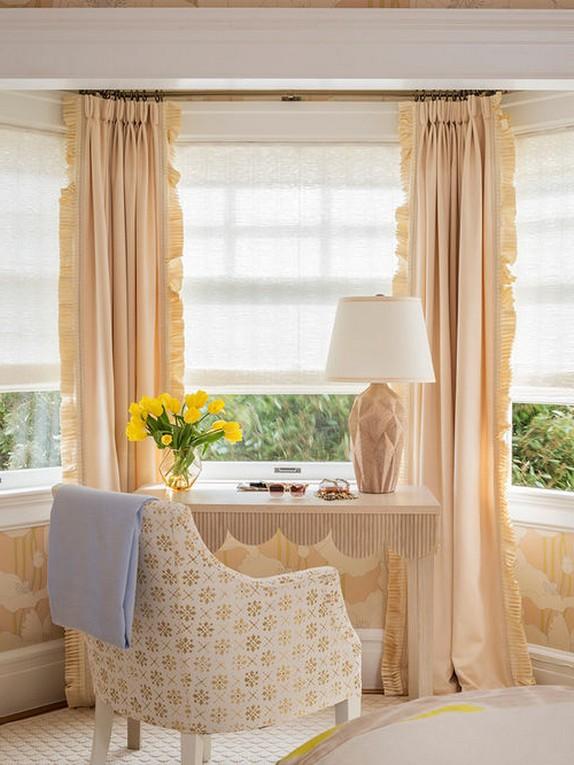 римская штора из вуали с портьерами
