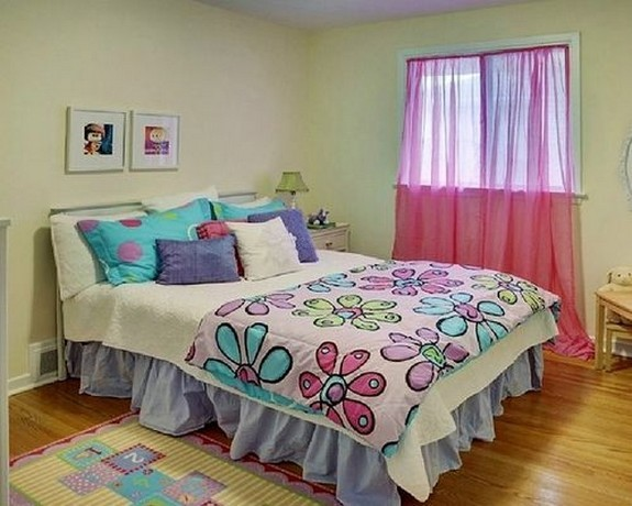 розовый тюль в спальне