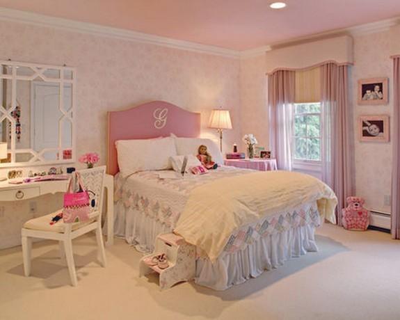 розовый тюль в детской