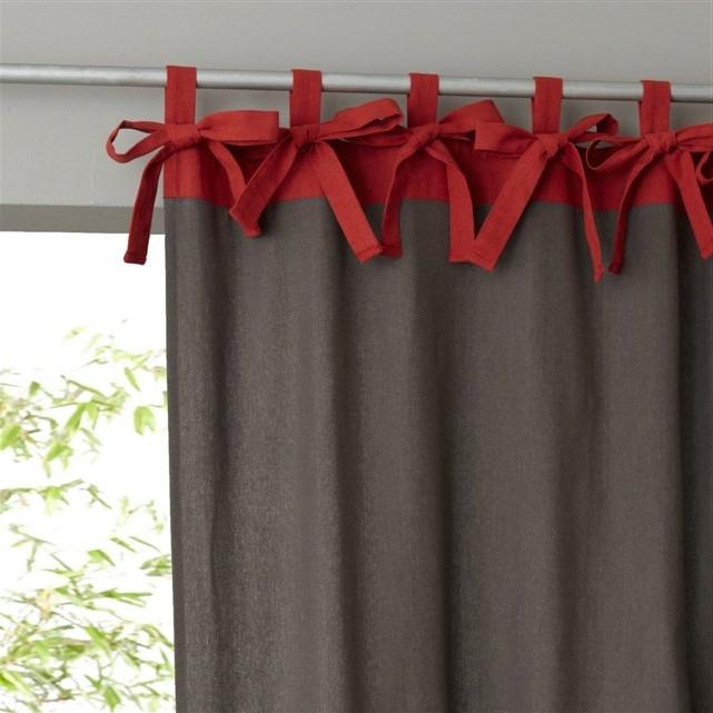завязки на шторах контрастного цвета