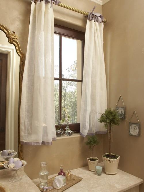завески в ванной на завязках