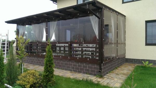 шторы из пвх для веранд