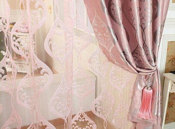 тюль розового цвета