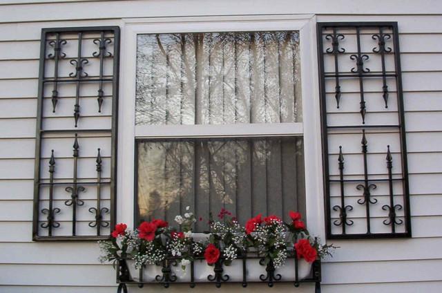 кованые ставни на окна