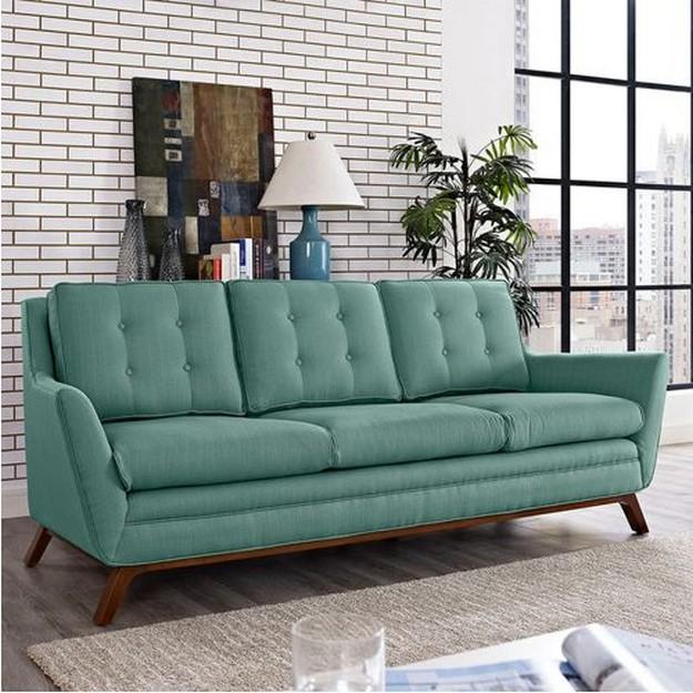 бирюзовый диван приглушенного оттенка