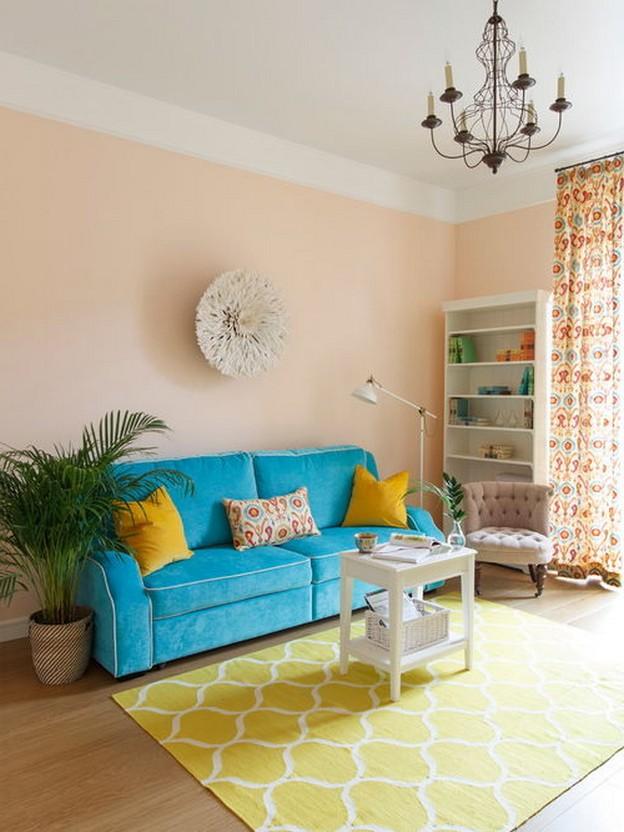 желтые диванные подушки