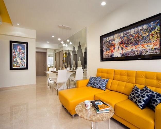 желто-оранжевый диван