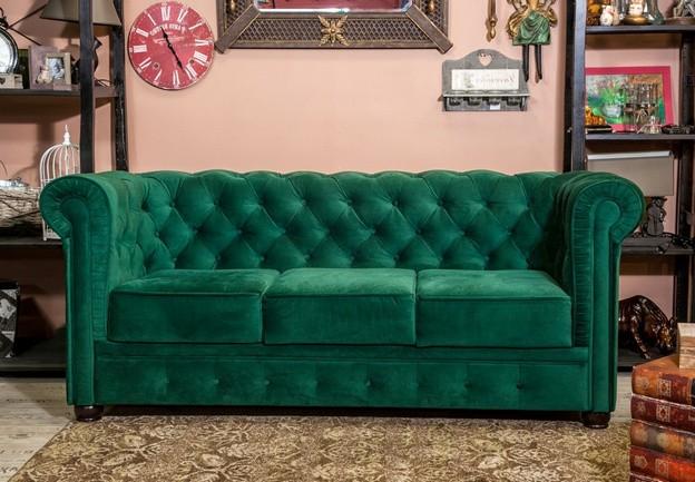 диван изумрудного цвета