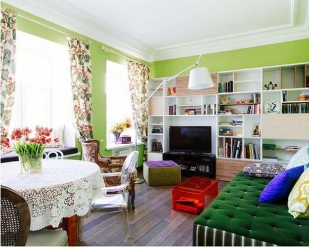 зеленый диван в гостиной прованс