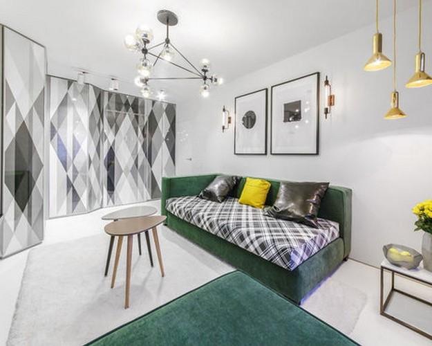 зеленый диван в скандинавской гостиной